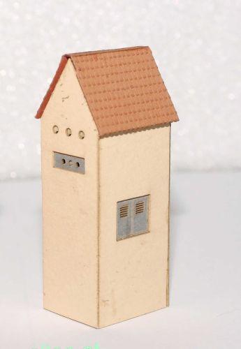 Micro Welten - 02-51 - Trafohaus verputzt